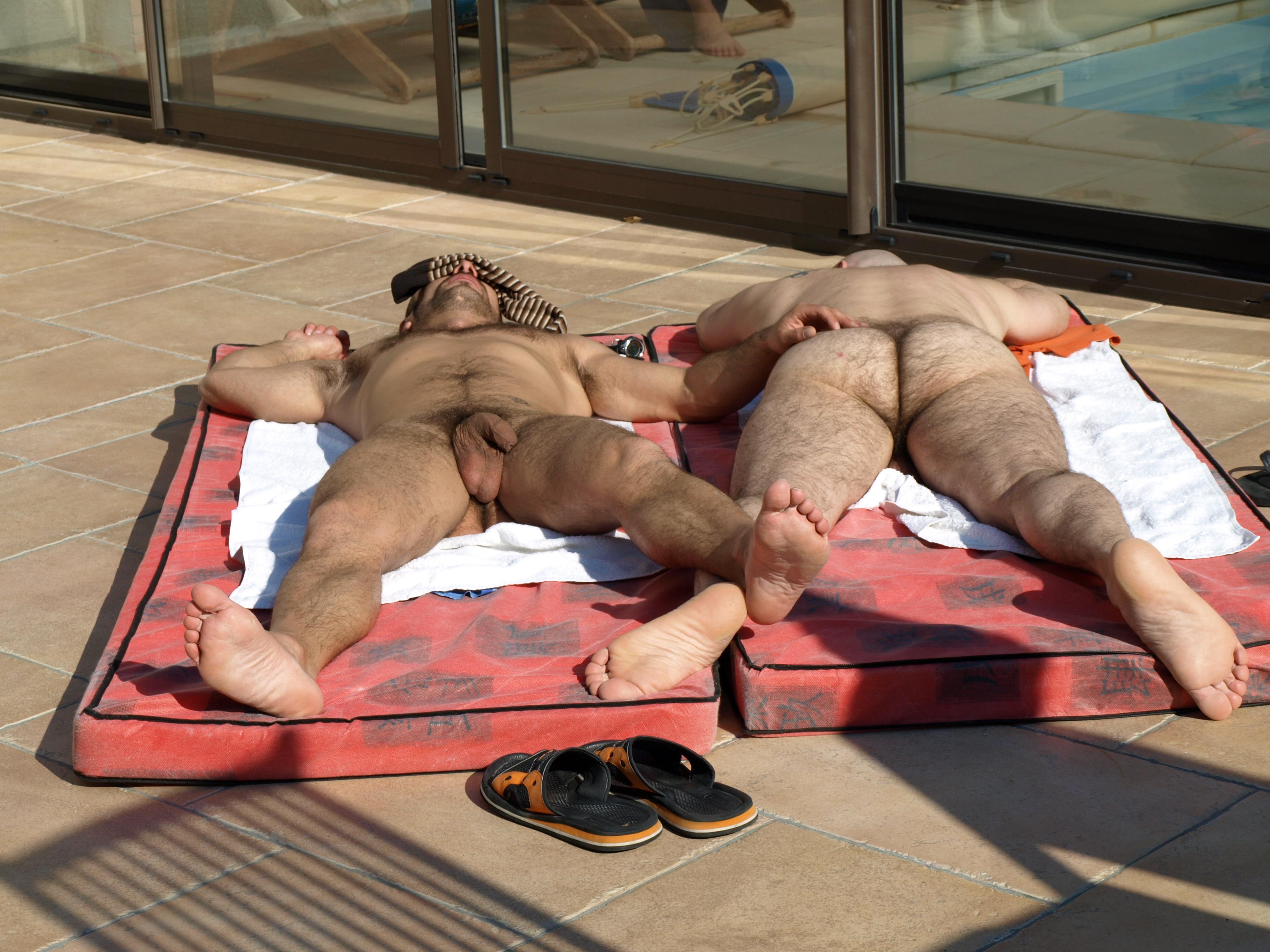 jeune et vieux gay massage naturiste avignon